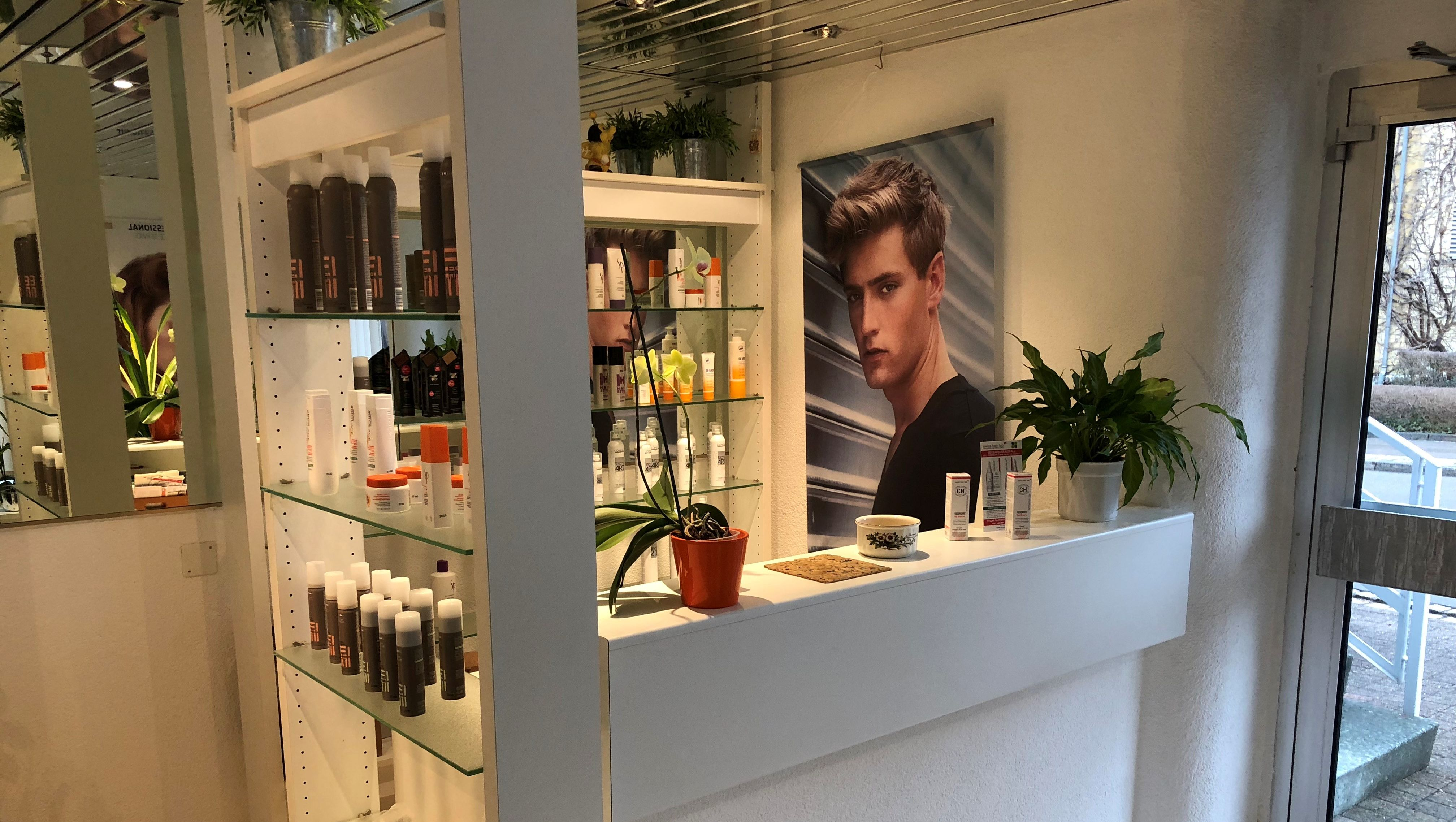 Empfang Coiffeur - Wash and Style